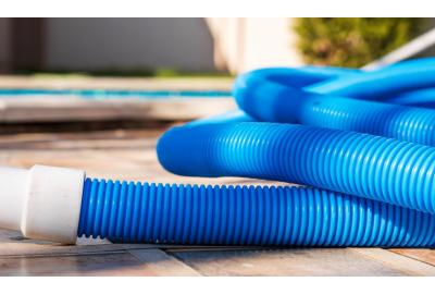 Why weight your pool hose?